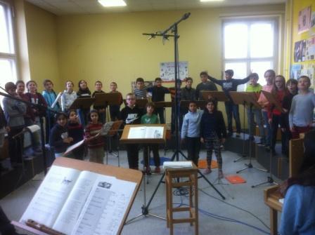 Ideen Weihnachtsfeier 3 Klasse.Egelsbergschule Göttingen Die Schule Mit Rik Und Lisa Aktuelles